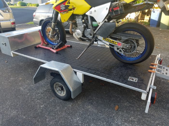 flatbed trailer with drz400