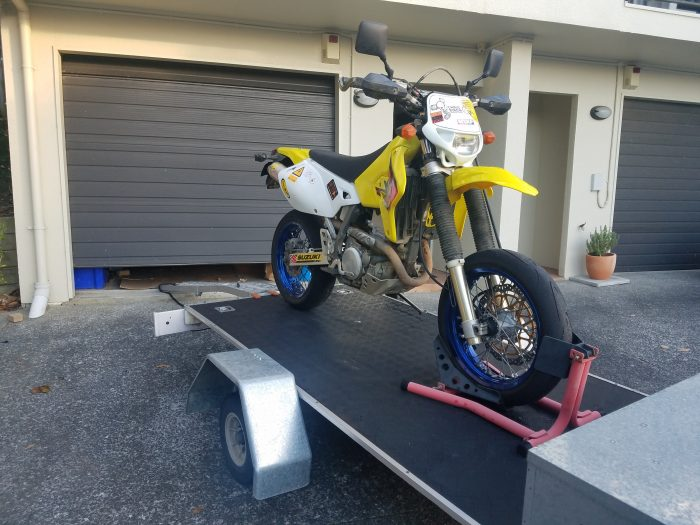 drz400 on flatbed trailer