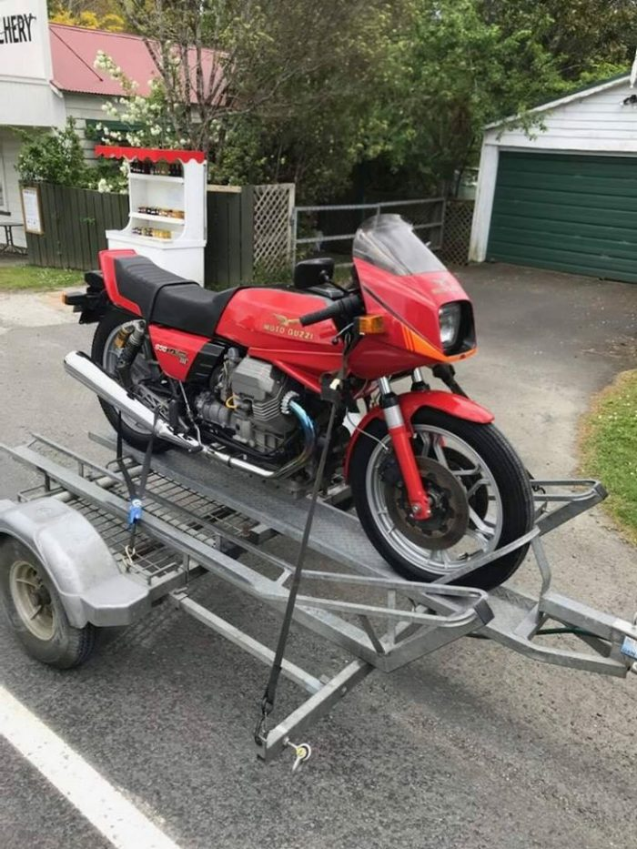 Riders Corner Trailer towing Moto Guzzi